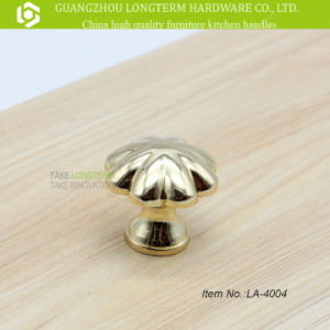 Solid Heavy Golden Polished Kitchen Cabinet Drawer Pulls and Knobs pictures & photos