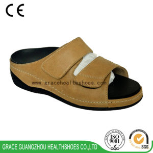 Grace Health Shoes Diabetic Shoes with Pigskin Lining and PU Outsole pictures & photos