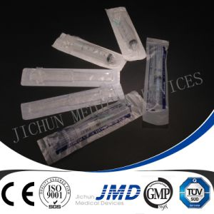 3 Part Medical Plastic Disposable Syringe with Needle pictures & photos