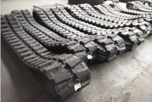 Excavator Rubber Track for Hitachi pictures & photos