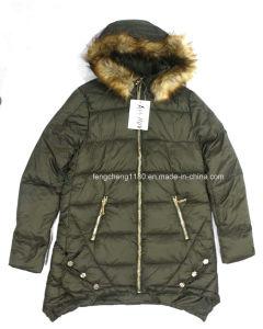 Women′s Winter Outdoor Jacket with Fur Hoody