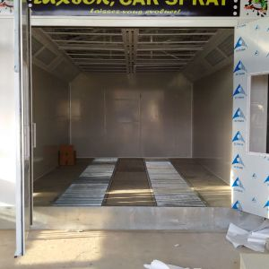 Low Price Automotive Spray Booth pictures & photos