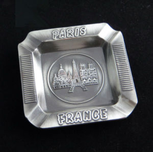 Paris Tour Premium Souvenir Emboss Engrave Logo Metal Ashtray (B5002) pictures & photos
