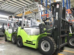 2t Diesel Isuzu C240 Engine Forklift with Ce pictures & photos