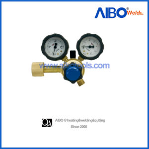 European Type Oxygen Regulator with Brass Body (2W16-2070OX) pictures & photos