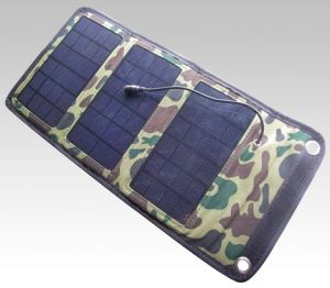 7W Solar Charger Folded Package for Outdoor Use pictures & photos