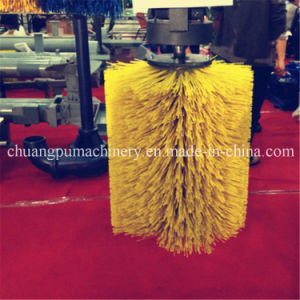 Hanging Type Cattle Brush in Yellow Color pictures & photos