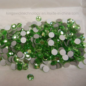 Ss8 (2.4mm) High Quality Crystal Flatback Rhinestones - 2028 Light Green (Peridot 214) No Hotfix pictures & photos