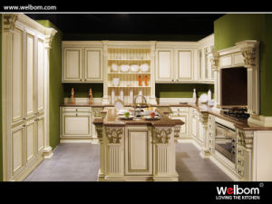 2015 Welbom European Style Solid Wood Kitchen Cabinet pictures & photos