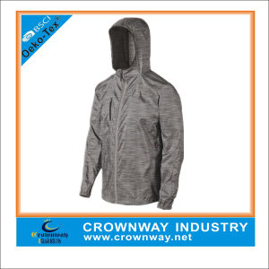 Men′s Wholesale Lightweight Running Jacket with Hood pictures & photos