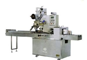 Candies Pillow Type Packaging Machine pictures & photos