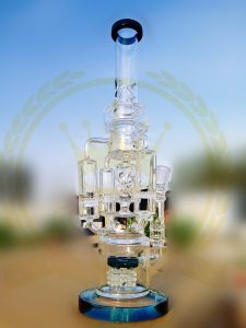 Chinese Pink Color Glass Smoking Water Pipe with Inline Perc pictures & photos