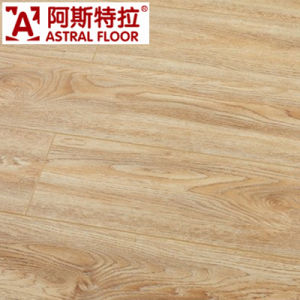 Natural Color Oak 12mm Laminate Flooring pictures & photos