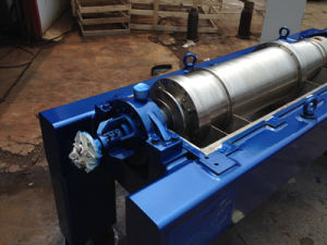 Lw250*900 Horizontal Type Spiral Discharge Sedimentation Separator for Sludge and Water Treatment pictures & photos