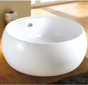 Round Hot Tub Free Standing Hot Tubs Seamless Bathtubs pictures & photos