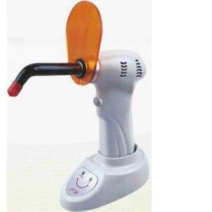 Hight Quality Strong Power Dental LED Curing Light pictures & photos