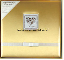 "12""X12"" Wedding Gold Fabric Cover Scrapbook Album Kit pictures & photos"