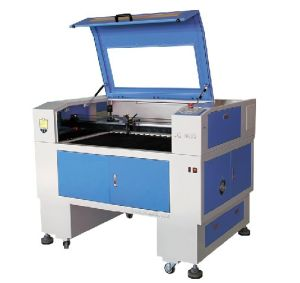 Acrylic Craft Lasaer Engraving Cutting Machine with CE pictures & photos