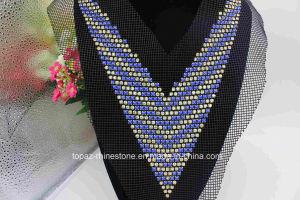 Bridal Sew Ing Sequin Rhinestone Beaded Neckline Motif Applique (TA-023) pictures & photos