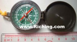 Plastic Liquid Filled Compass with Lid #T-45-9 pictures & photos