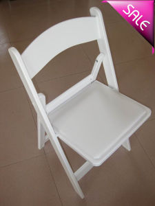 White and Black Resin Plastic Folding Chair pictures & photos