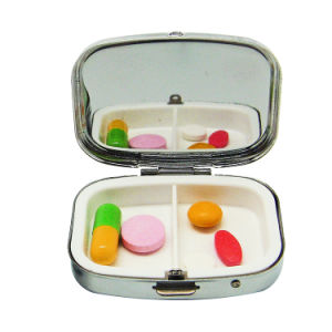 Cheap Fashionable Small Square Weekly Metal Pill Box Case pictures & photos