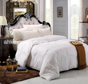 600tc Down Proof Fabric and 75% White Duck Down Comforter Set pictures & photos