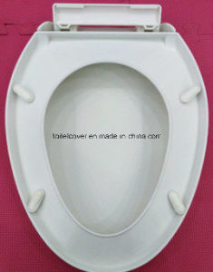 Toilet Accessory PP Toilet Seat Cover Soft-Closed Hinge pictures & photos