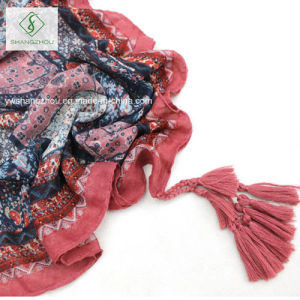 Folk Style Floral Puzzle Printed Shawl with Tassel Fashion Scarf pictures & photos
