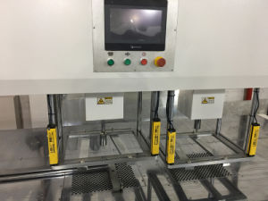 Automatic Tags Stripping Machine with Robotic Arm pictures & photos