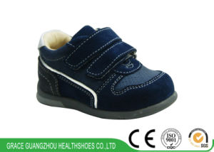 Children Orthopedic Shoes Velcro Baby Footwear Prevention Shoes pictures & photos