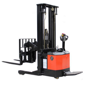1.5ton Mini Electric Reach Stacker for Sale (CQE15) pictures & photos