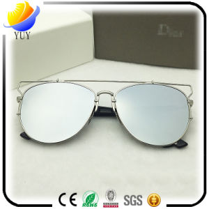 Fashion Mirror Polarized Sunglasses for Man/Woman pictures & photos