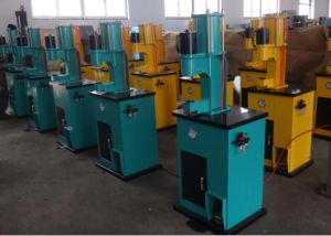 Auto Pnuematic Braking Shoe Plate Riveting Machine pictures & photos
