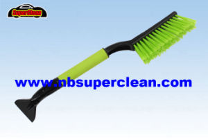 48cm Soft Pet Bristle Snow Brush for Car Cleaning with Ice Shovel (CN2274) pictures & photos