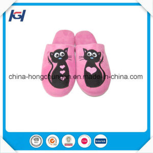 New Design TPR Sole Women Winter Warm Indoor Slippers pictures & photos