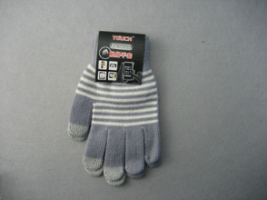 10g Polyester Liner Three Finger Touch Screen Glove-T3002 pictures & photos
