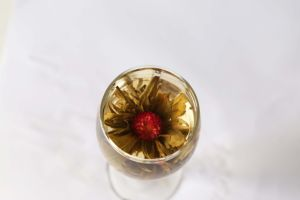 Chinese Hight Quality Blooming Flower Tea pictures & photos