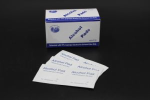 Medical Non-Woven Sterile 70% Isopropyl Alcohol Pads pictures & photos