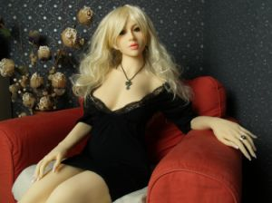 Agent Wanted Brown Color Full Body Lifelike 3D Silicone Sex Doll pictures & photos