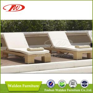 Outdoor Furniture Rattan Sun Lounger (DH-9548) pictures & photos