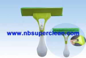 2016new Style Short Handle Car Wash Squeegee with Water Spraying (CN1647) pictures & photos
