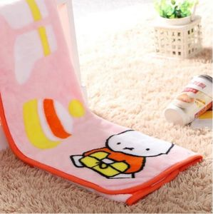High Quality Printed Fannel Infantil Minky Blanket pictures & photos