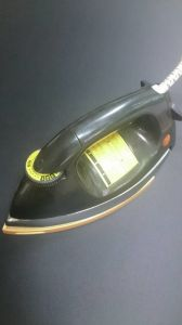 Nmt N919 Heavy Electric Dry Iron pictures & photos