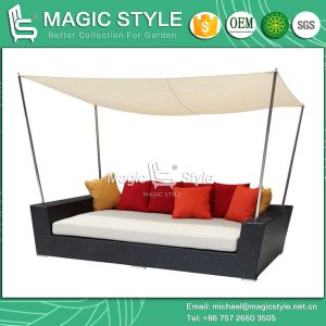 Day Bed Sunbed Deck Chair Chaise Lounge Wicker Double-Sofa 2-Seat Sofa Rattan Furniture (MAGIC STYLE) pictures & photos