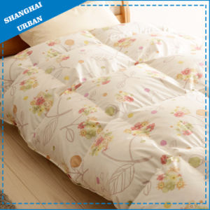 100%Cotton Bedding Goose Down and Feather Quilt pictures & photos