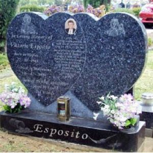 European Style Blue Pearl Granite Monument, Western Design Heart Headstone pictures & photos