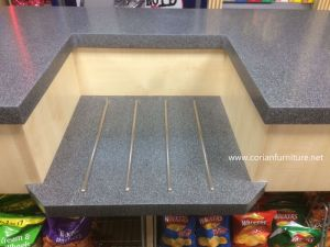 Retail and Shop Display Countertop Corian Solid Surface Made pictures & photos