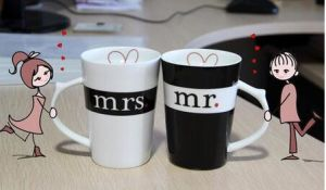 Wholesale White and Black Ceramic Couple Mug pictures & photos