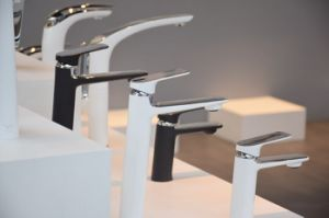 European Black and Chrome Two Tones Luxury Bathroom Water Tap pictures & photos